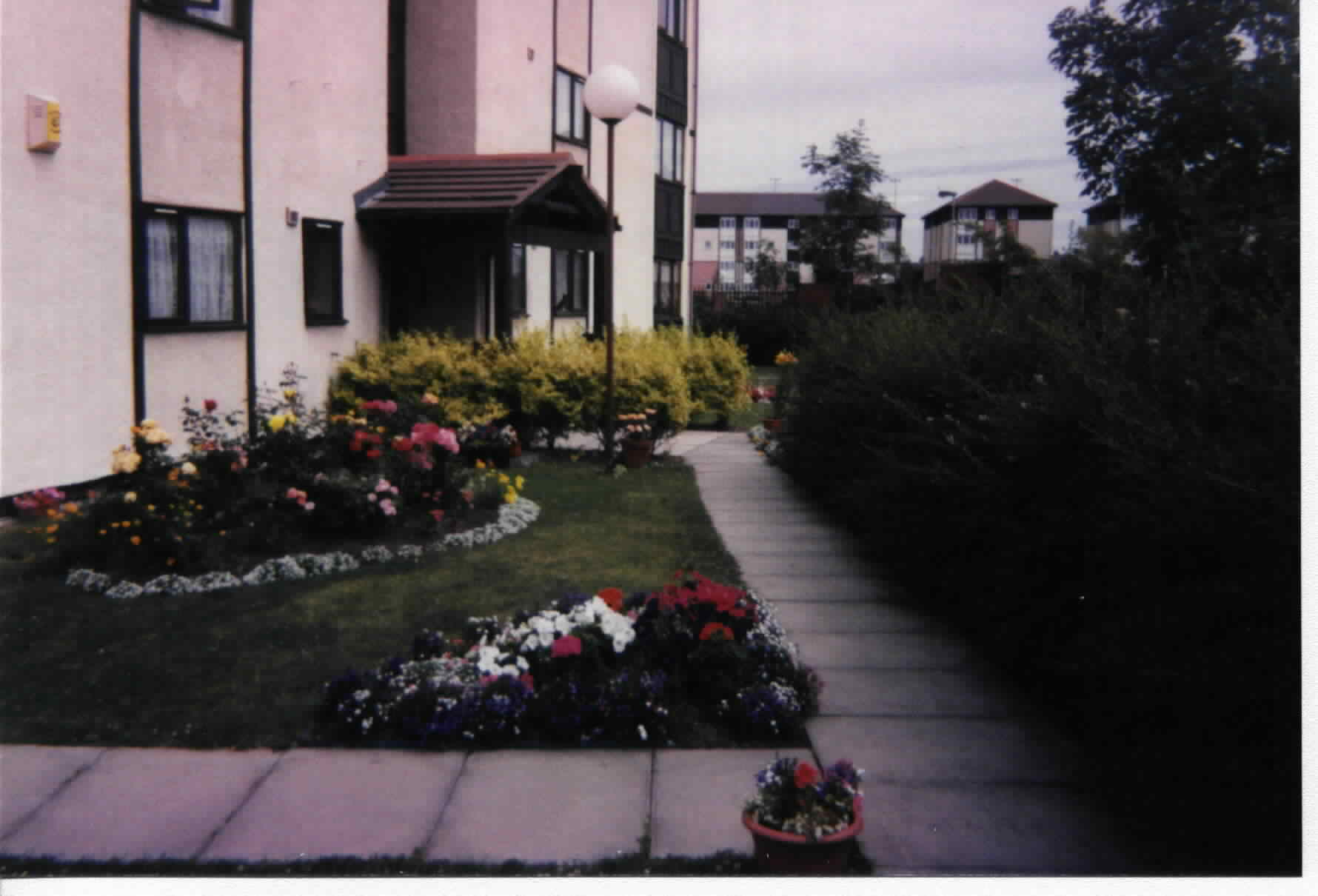 1997chollandlodge.jpg